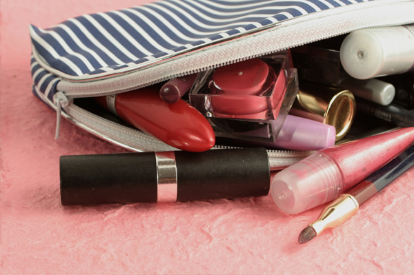 spring-clean-makeup-bag